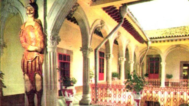 Casa del gigante (Antigua mansión de los condes de Menocal)