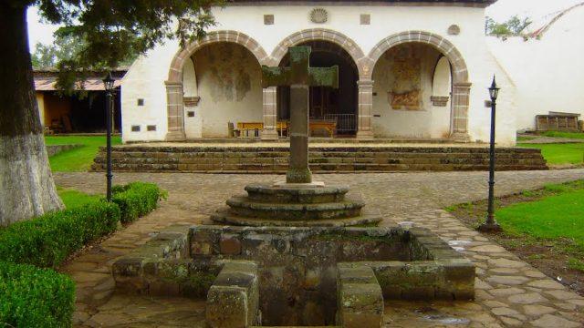 Exconvento de Santa Ana y Capilla Abierta Tzintzuntzan